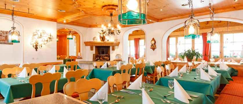 Hotel Derby, Grindelwald, Bernese Oberland, Switzerland - restaurant.jpg